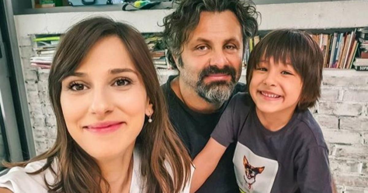 Dana Rogoz, soțul ei Radu Dragomir și fiul lor, Vlad